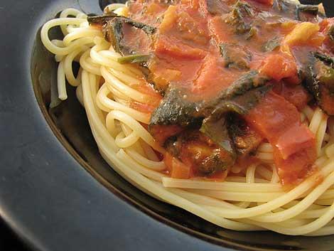 spaghetti marinara vegan