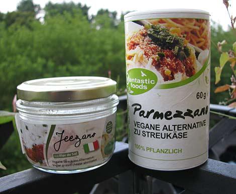 veganer-parmesan im Vergleich